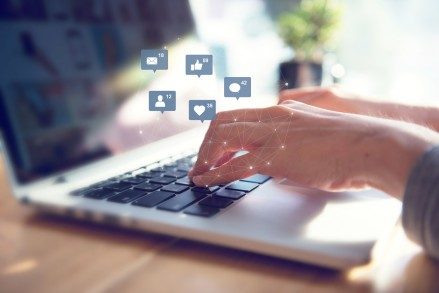 Top Tips On How To Engage Your Customers Through Social Media Strategies