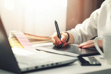 Easy Step-By-Step Guide To Designing Your Own Logo